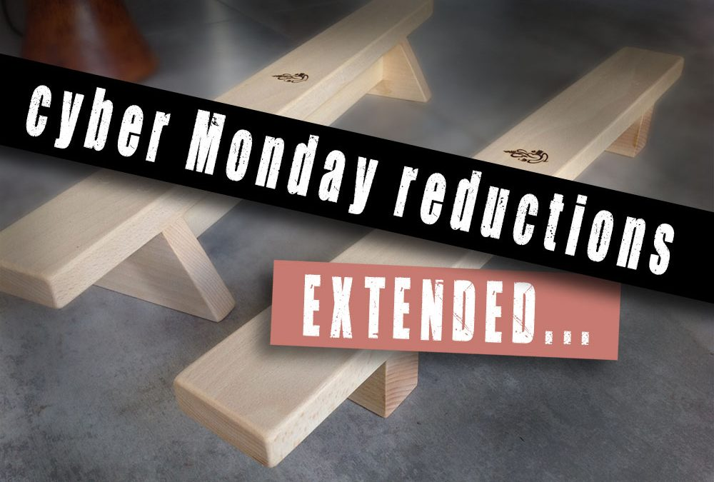 Cyber Monday extended 1 week for reduced pushup boards & Indian clubs
